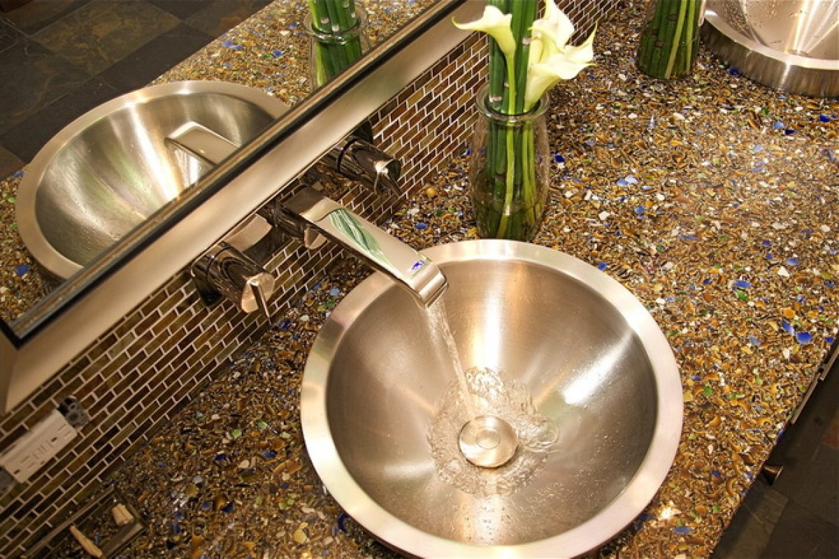 Really Inexpensive Remodeling Ideas For Bathrooms