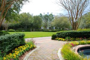Patio Landscaping Ideas – Creative Ways to Create Your Own Outdoor Space